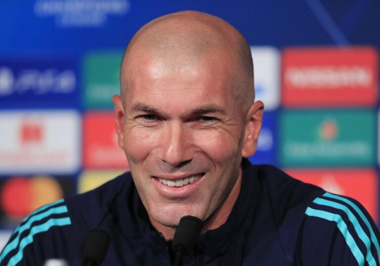 Read more about the article Zinedine Zidane Requests To Secure Three Deals