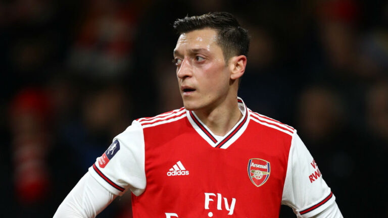 Read more about the article Arsenal Midfielder Mesut Ozil To Leave Club This January